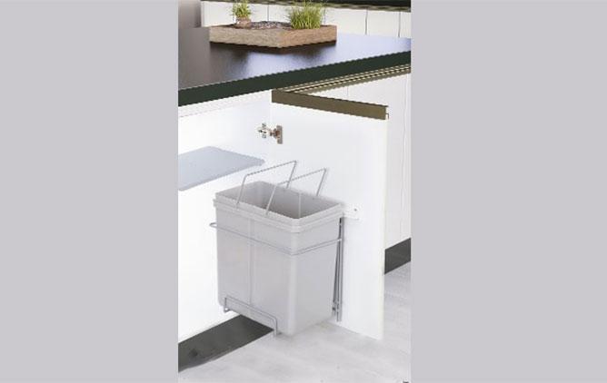 سطل زباله ریلی روی درب نصب شو