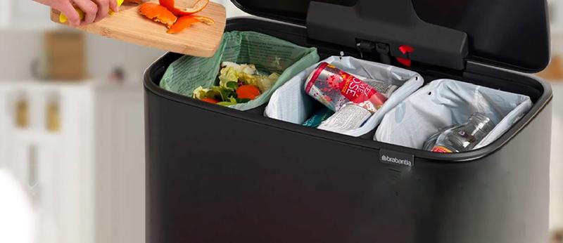 تفکیک زباله با استفاده از سطل زباله ریلی دو مخزنه