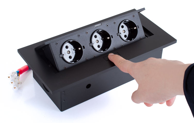 پریز صفحه کابینت سه سوکته مدل DS05S-ایما یراق