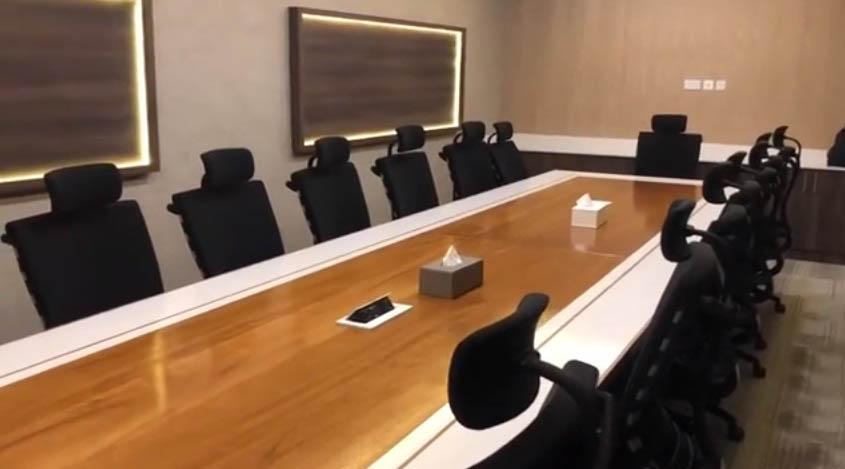 کاربرد پریز توکار در میز اداری